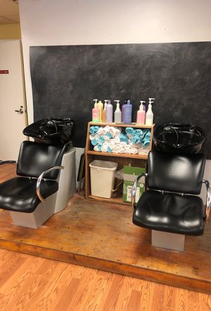 Shampoo bowls for Sale in Waterbury, CT