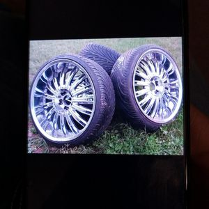 24 In Rims 5 Lugged Universal for Sale in San Angelo, TX