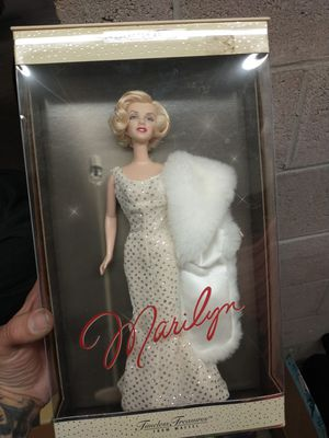 Marilyn Monroe Barbie Collecters Edition original packaging for Sale in Albuquerque, NM