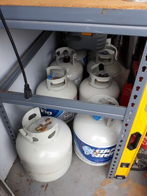 gas tanks $20 and $40 full i have 8 of them for Sale in Oakland Park, FL
