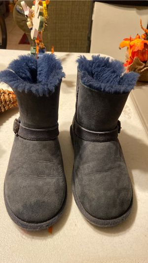 Girl boots size 12 for Sale in San Jacinto, CA
