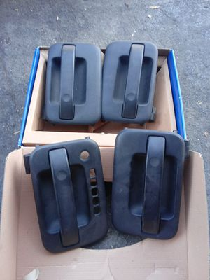Door handles 4 a Ford 2006 for Sale in Azusa, CA