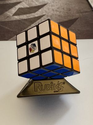 Rubik's cube game puzzle for Sale in Doral, FL