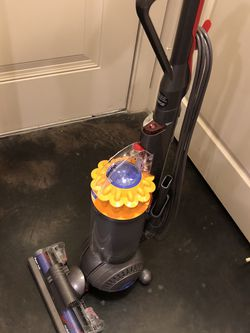 Dyson DC Ball for Sale in Irving,  TX