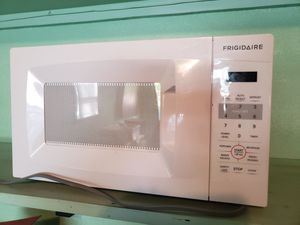 Frigidaire Microwave for Sale in Waltham, MA