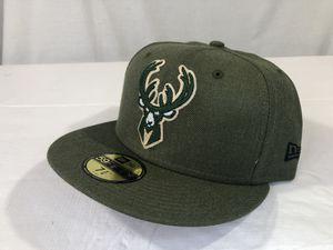 Milwaukee Bucks New Era 59Fifty Fitted Cap 7-3/4 Hunter Green New for Sale in Winneconne, WI