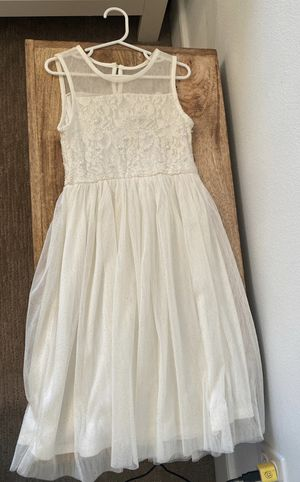 Girls wedding flower girl off white dress size 6 ✨ for Sale in Tacoma, WA
