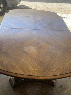 Free FREE Dinning Table Solid Wood Top Table Kitchen Breakfast Lunch Dinner for Sale in West Covina,  CA