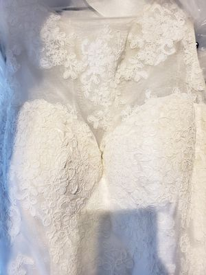 Lace & Tulle Wedding dress Size 8 for Sale in Philadelphia, PA