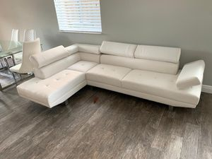 sectional white ( Brand new ) for Sale in Miami, FL
