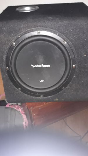 10 inch subwoofer with box for Sale in Phoenix, AZ
