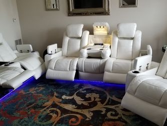Party Time Reclining Living Room Set for Sale in Murfreesboro,  TN