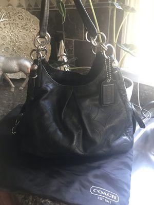 Coach Shoulder Bag for Sale in Pawtucket, RI