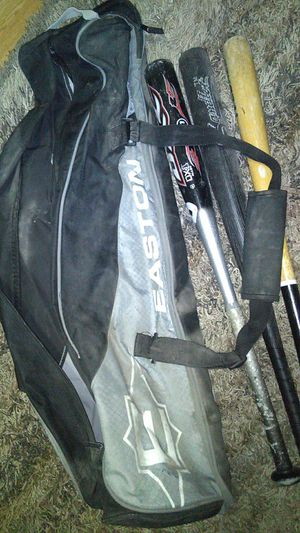 Baseball bats and bag for Sale in Tampa, FL