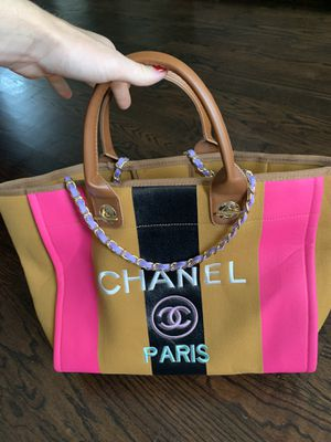 Chanel tote bag for Sale in Houston, TX