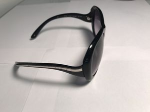 Prada sunglasses (Made In Italy) for Sale in Miami, FL