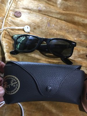 Ray Ban Sunglasses (polarized) for Sale in Mount Rainier, MD
