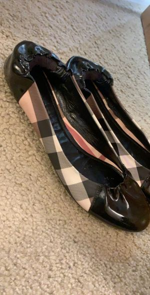 Authentic BURBERRY flats 38.5 for Sale in Marysville, WA