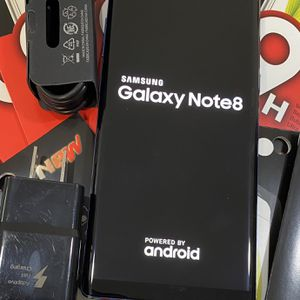 Samsung galaxy note 8 (64gb) unlocked, store warranty for Sale in Boston, MA