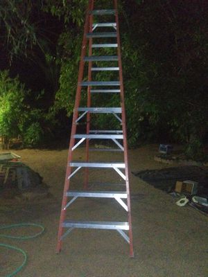 10ft werner fiberglass ladder. 1A. Very good condition. for Sale in Phoenix, AZ