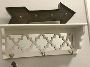 White Key Shelf for Sale in Tampa, FL