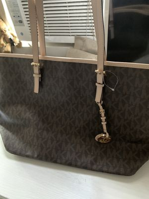 Brand New Michael Kors Tote Bag for Sale in Moreno Valley, CA