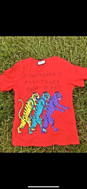 Large Gucci Shirt for Sale in Orlando, FL