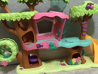 LPS Littlest Pet Shop Clubhouse Treehouse Dollhouse for Sale in Winter Haven,  FL