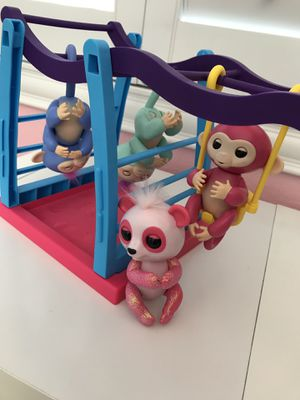 4 Fingerlings with swing set for Sale in Chula Vista, CA