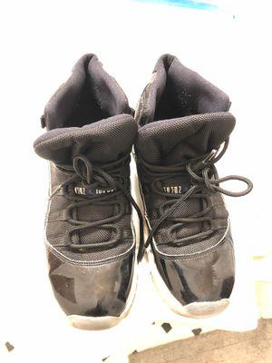 Jordan 11 Retro 2016 Size 6.5Y for Sale in Pennsauken Township, NJ