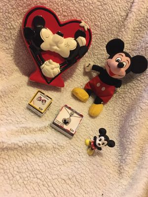 Mickey & Minnie Mouse collection for Sale in Rochelle, IL