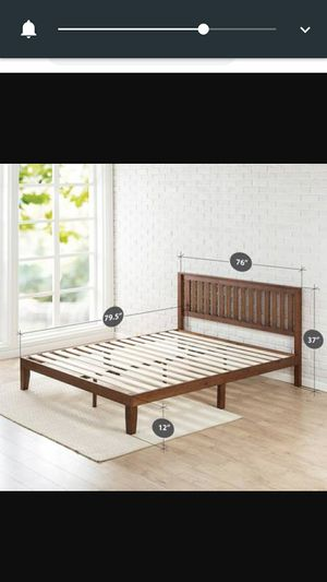 Zinus 12 inch wood platform bed frame with headboard recently bought for Sale in Santa Clara, CA