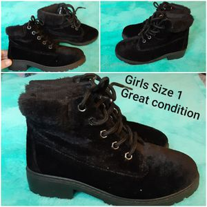 Girls size 1 boots for Sale in Indianapolis, IN
