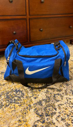 Nike duffle bag for Sale in Severn,  MD