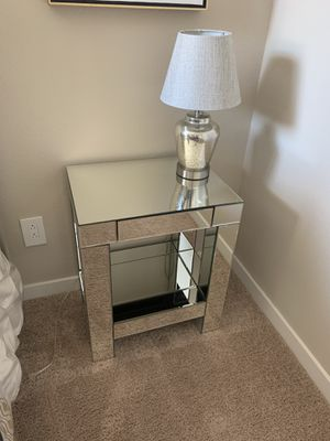 Mirrored side table with drawer, lamp and art. for Sale in Las Vegas, NV