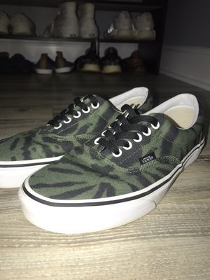 Vans Era Tie Dye Garden Green/True White Men's Classic Skate Shoe Size 8.5 for Sale in Indian Trail, NC