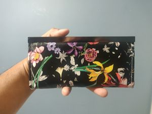 Nice Floral Wallet for Sale in Hawthorne, CA