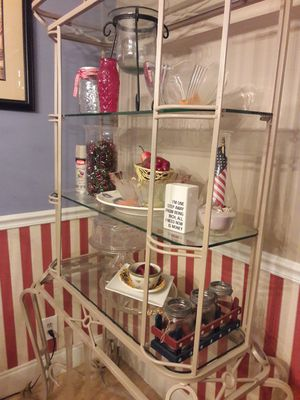 Bakers rack, glass vases, Christmas Decorations for Sale in Pompano Beach, FL