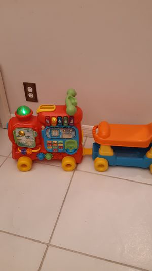 VTech Sit-to-Stand Ultimate Alphabet Train for Sale in Sunrise, FL