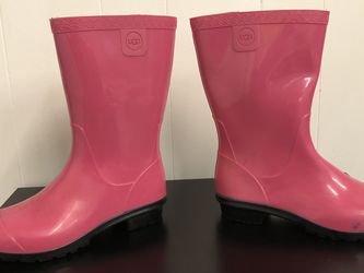 UGG RAANA DIVA PINK RUBBER RAIN BOOT REMOVABLE for Sale in Happy Valley,  OR