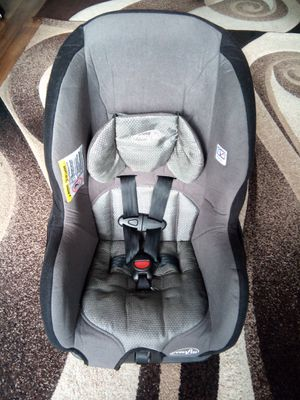 Evenflo Car Seat Rear Front Facing for Sale in San Diego, CA