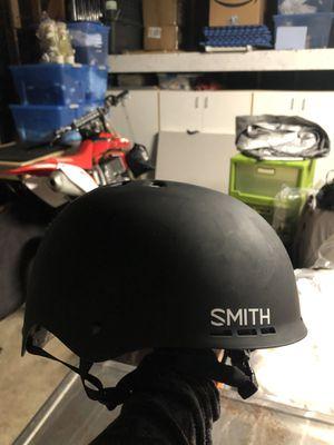 Smith Holt snowboard/ski helmet size small black for Sale in Marina del Rey, CA