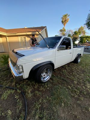Nissan pick up for Sale in Perris, CA