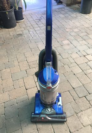 Blue Windtunnel suction Vacuum for Sale in Laveen Village, AZ