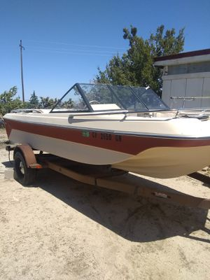 Parting out 18ft Pierce arrow boat for Sale in Llano, CA