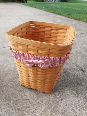 Various longaberger baskets for Sale in Canton, OH