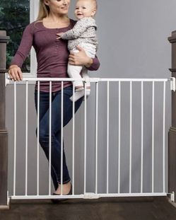 REGALO 2-IN-1 EXTRA WIDE STAIRWAY AND HALLWAY WALK THROUGH BABY SAFETY GATE WITH MOUNTING KIT for Sale in Sloan,  NV