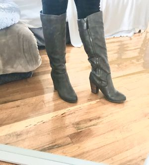 Like New - Target Boots Size 7 for Sale in Portland, OR