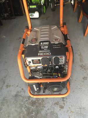 Ridgid 8000 W generatorWith 10,000 W cranking amps. 240 hours, original owner, in very good working condition. for Sale in Chester, VA