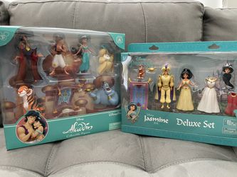 Disney Figure Collection for Sale in Pflugerville,  TX